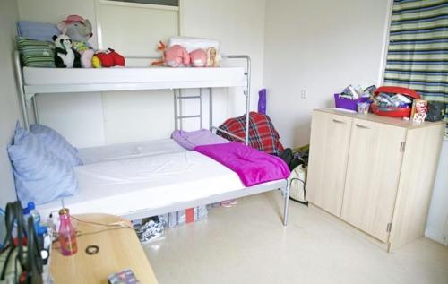 De eigen slaapkamer.