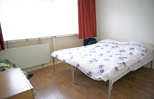 De slaapkamer voor de ouder.