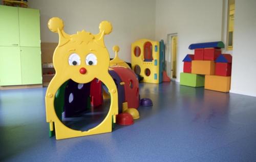 Een speelkamer voor de kinderen.